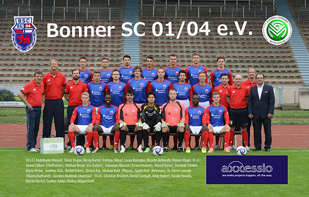 Die Mannschaft vom Bonner S.C. mit axxessio Geschäftsführer Goodarz Mahbobi
